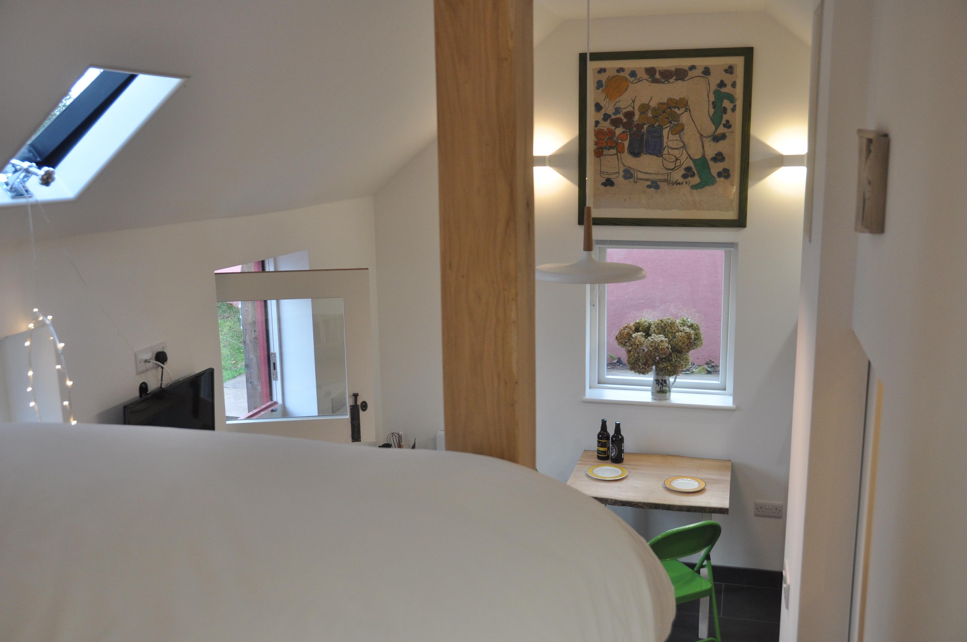 Seren Cosy studio in the Wye Valley