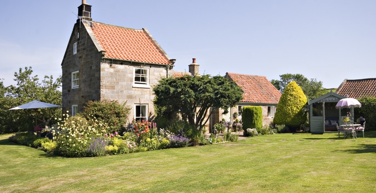 The Cottage at Newholm - Yorkshire Escapes