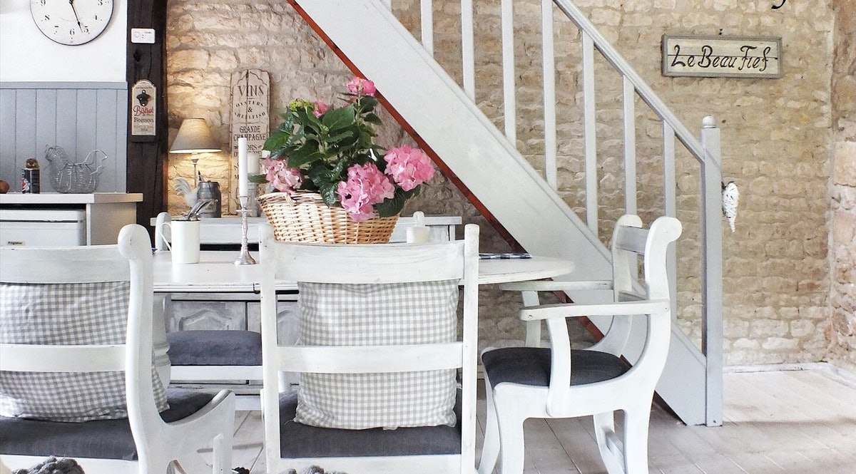 L Atelier La Rochelle le beau fief - a boutique, country gite in rural southwest