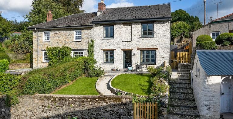 Roselyn Cottage