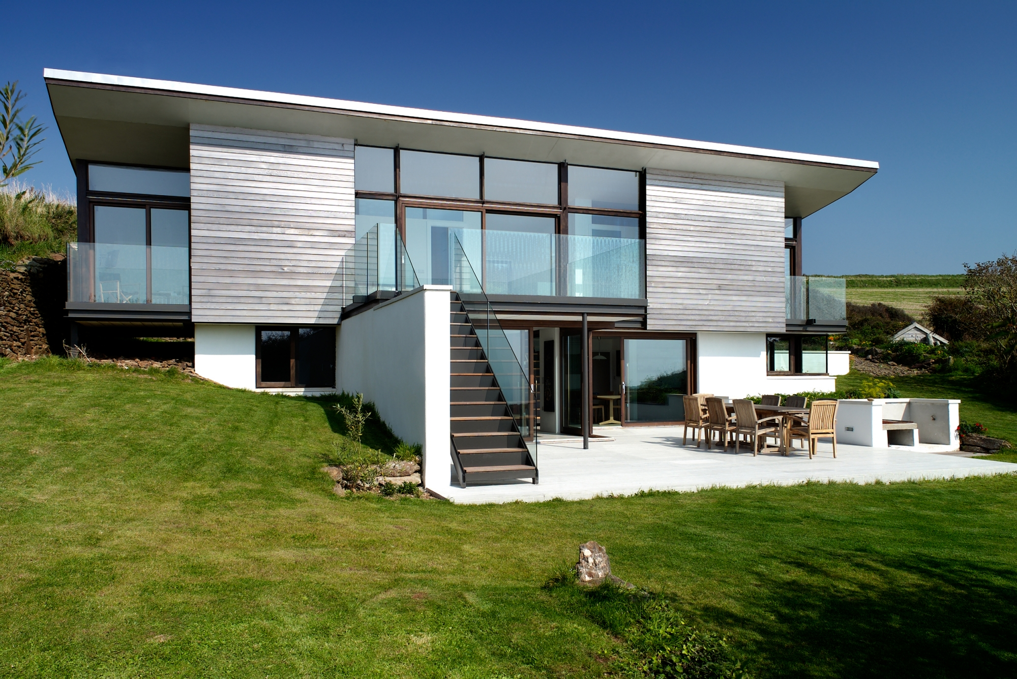 Seacombe grand design style devon holiday home with amazing sea view