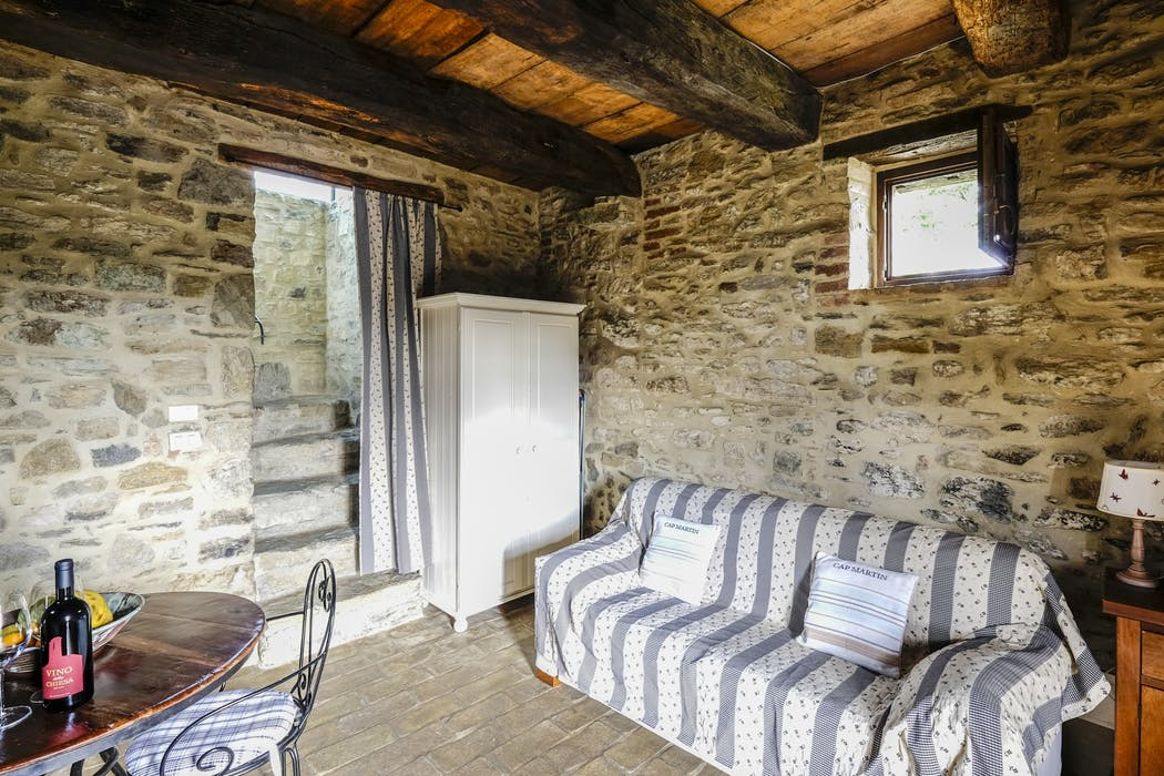 Beautiful Rustic Villas In Umbria With Views Coolstays