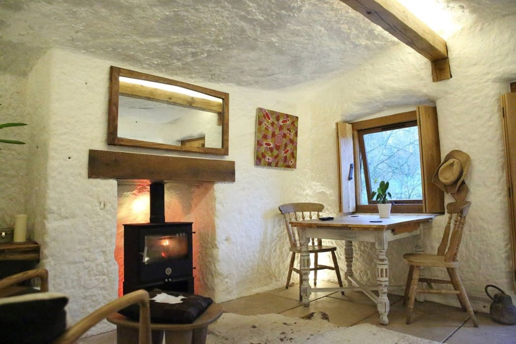 The Rockhouse Retreat Luxury Cave House For 2 In