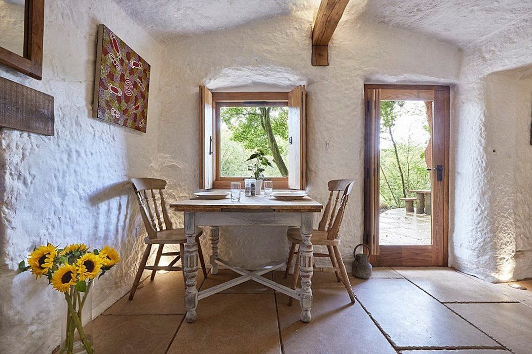 Nearest Auto Shop >> The Rockhouse Retreat - Luxury cave house for 2 in ...