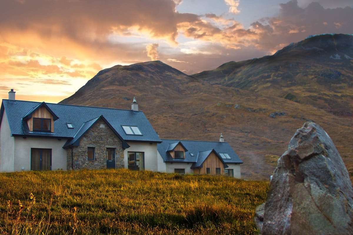 Luxury Cottages For 4 Amidst Stunning Scenary In The