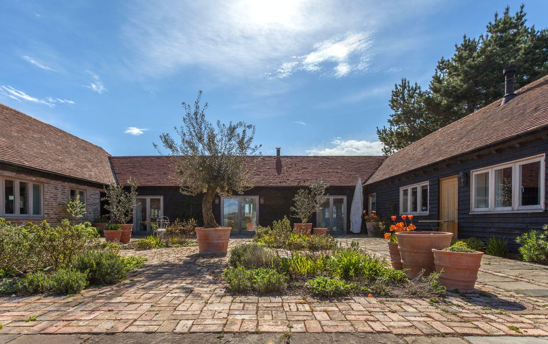 Gins Barn Stunning New Forest Barn Conversion With