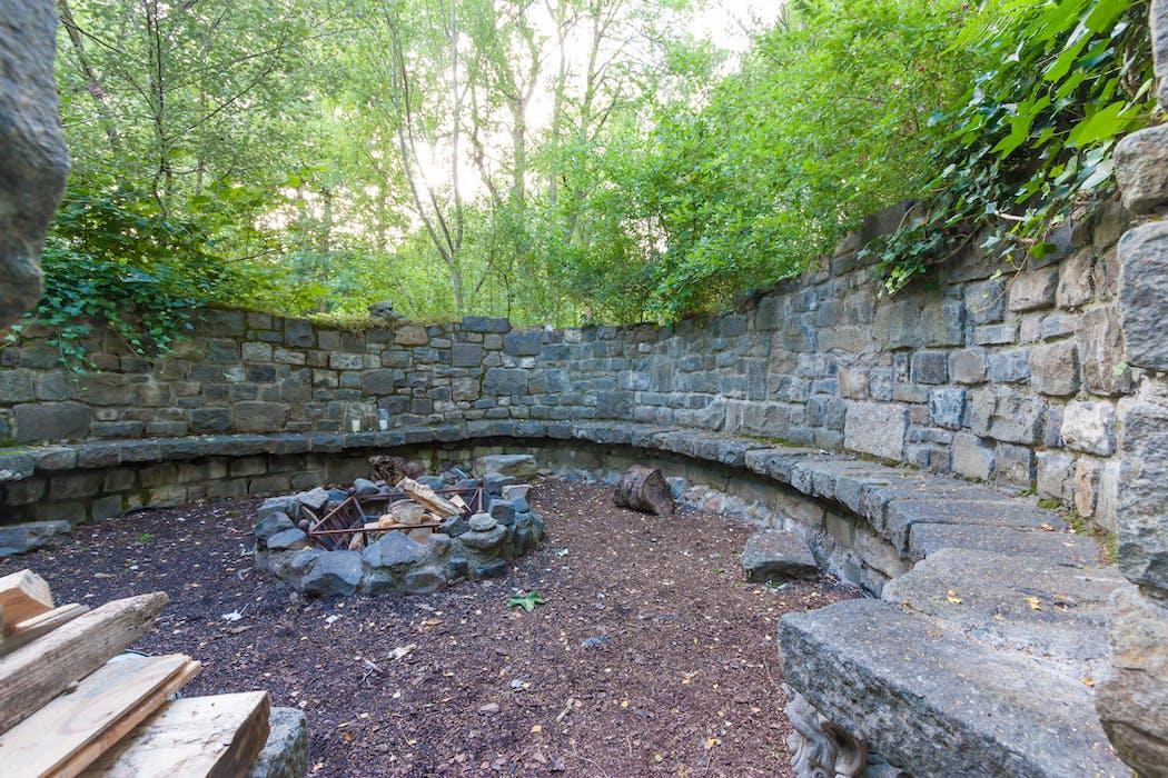 Stucktaymore victorian grandeur for groups of up to 29 for Irish garden designs