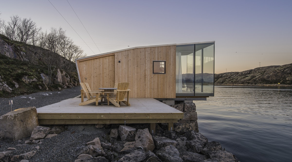 Manshausen sea cabins your sea cabin in norway for Cabin by the sea