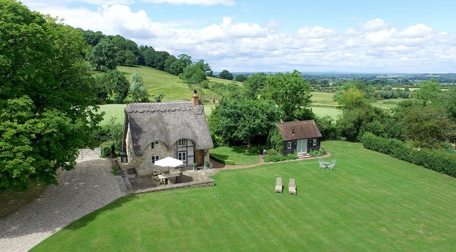 The Property Is On Edge Of Bredon Hill Perfect For Walking Or Cycling Head Out Into Cotswolds