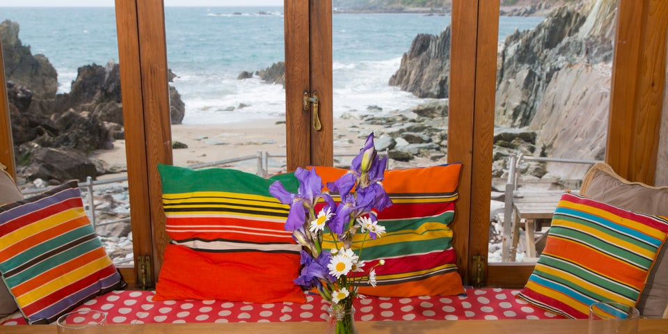 The Beach Hut A Romantic Beachfront Hut For Two In South