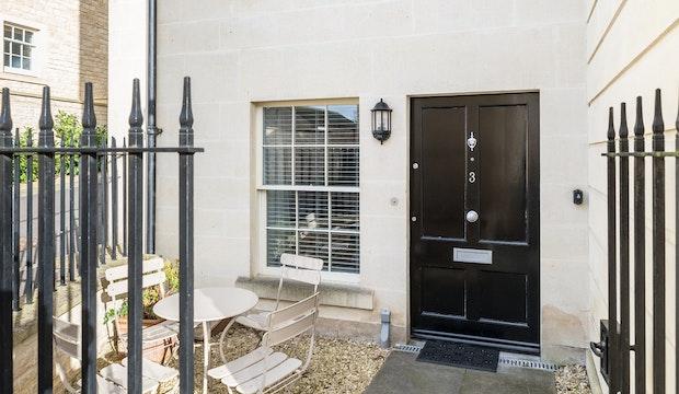 3 Herschel Place, Bath