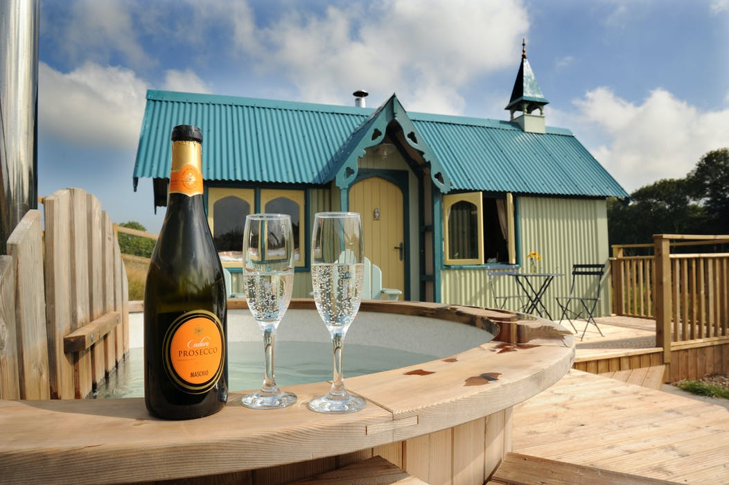 Brownscombe Tabernacle Romantic Rural Hideout With