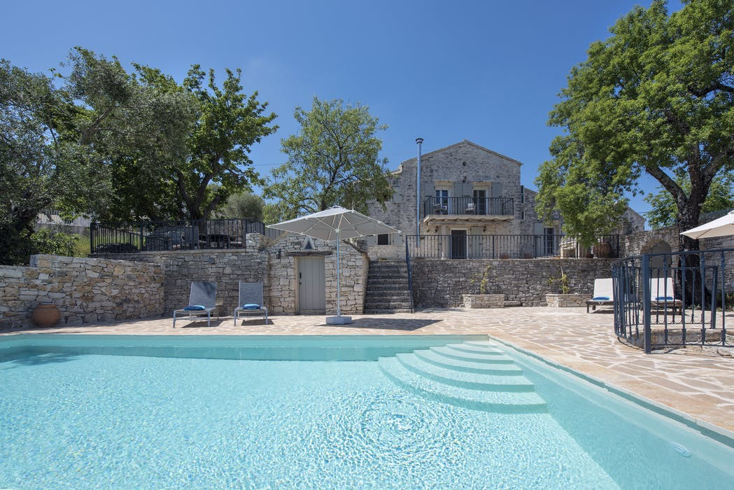 Mulberry House Stunning Property In Corfu