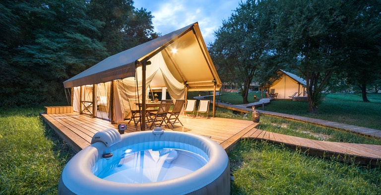 Chateau Ramšak Vineyard Glamping