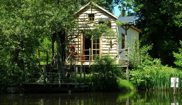 Covert Cabin