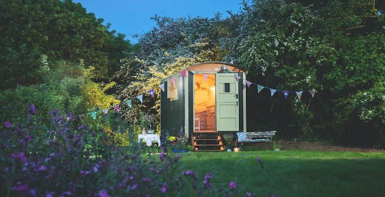Free Range Escapes' - Hidden Shepherd's Hut