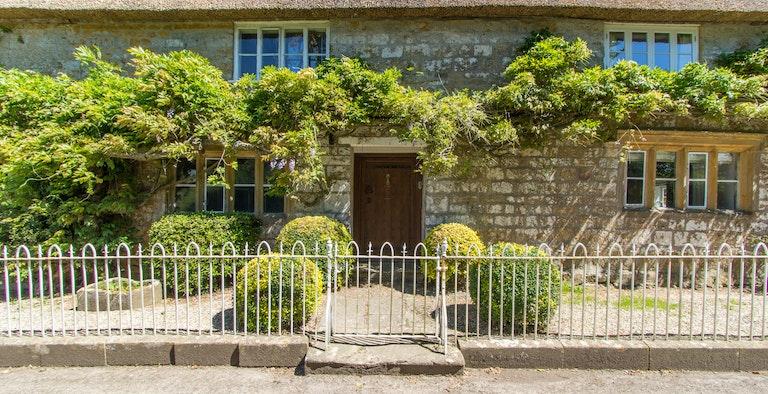 Atherstone Farmhouse & Cottage