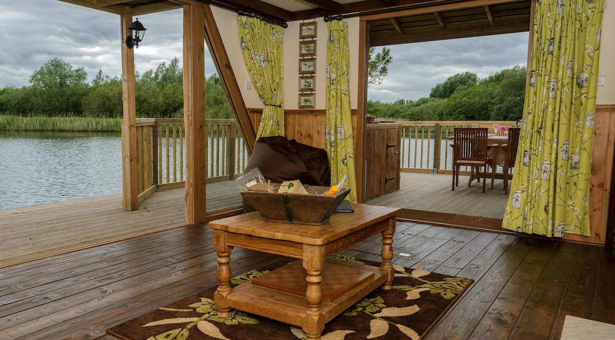 the raft at chigborough a floating lake cabin for 4 in essex
