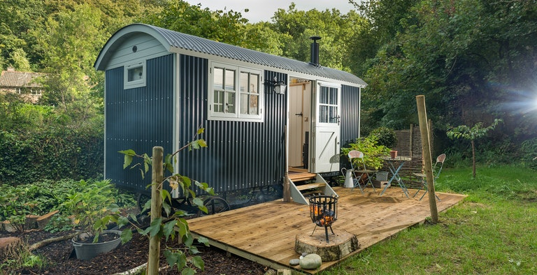 Ruby - Luxury Shepherd's Hut