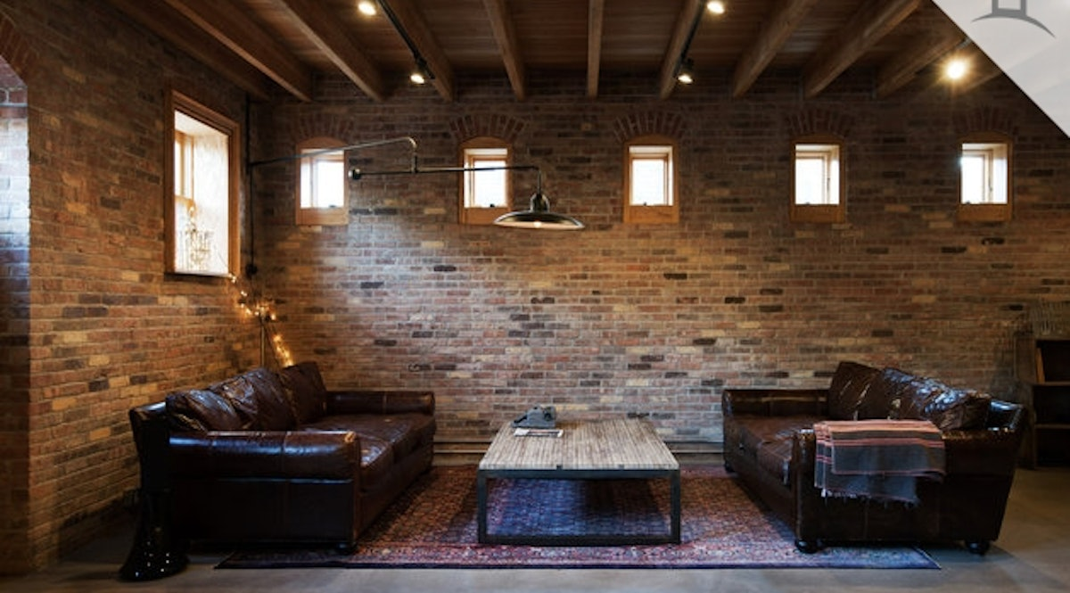 Bell end luxury converted landmark stable in brooklyn for Concrete floor upstairs