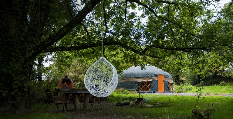 The Country Yurt - With Hot Tub