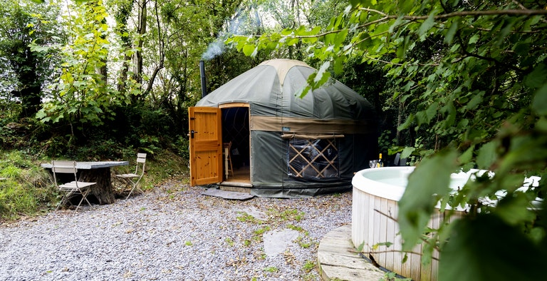 The Yurt Hideaway - with hot tub