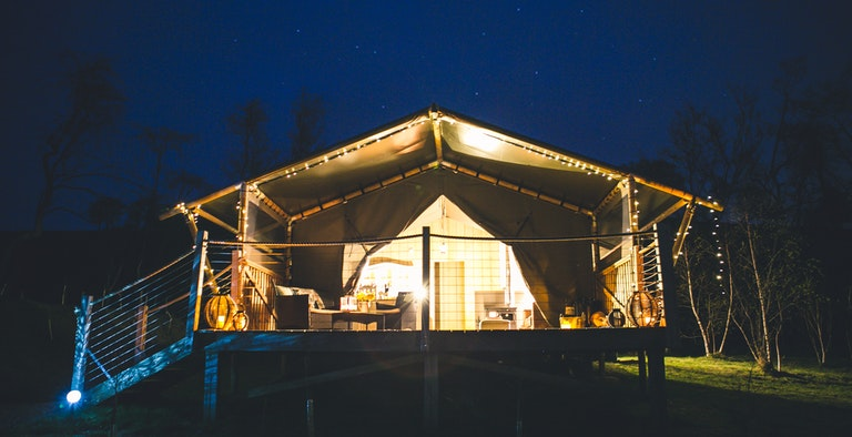 Oaklands Glamping - Luxury Safari Tents