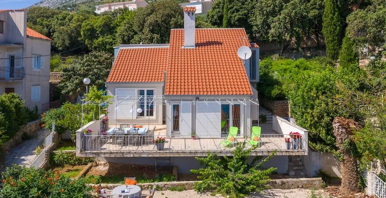 Villa Malo Blue